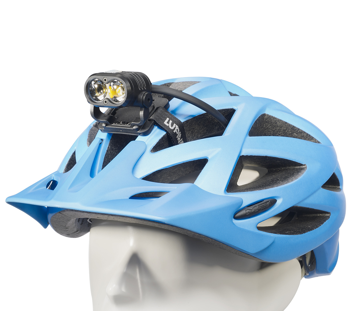 2018 Piko 4 Smartcore light on helmet